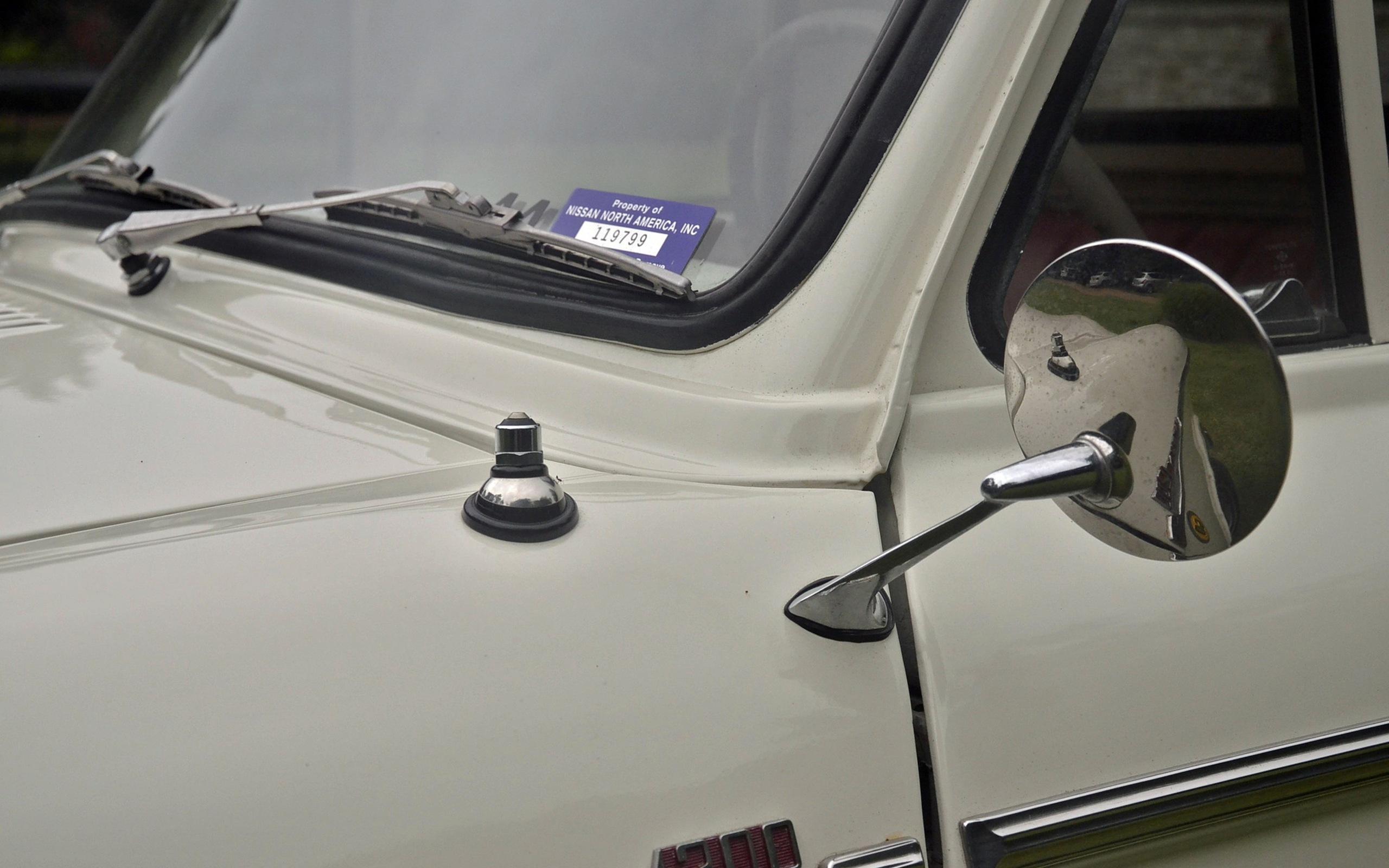 1965_Datsun_L320-16