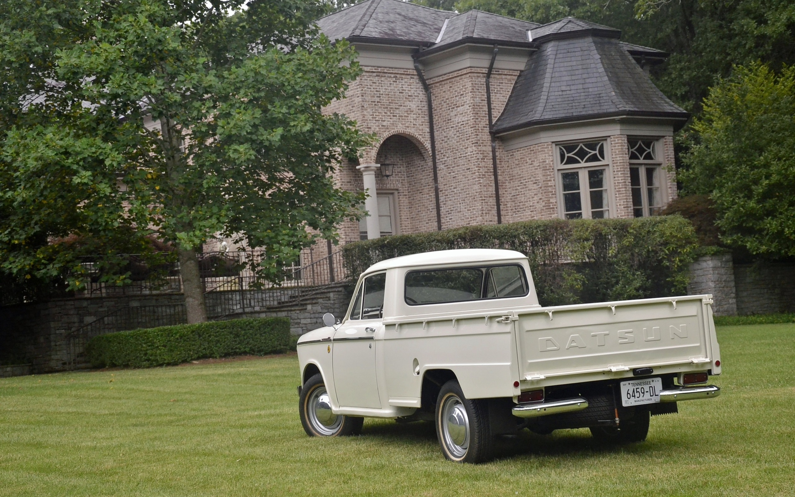 1965_Datsun_L320-22