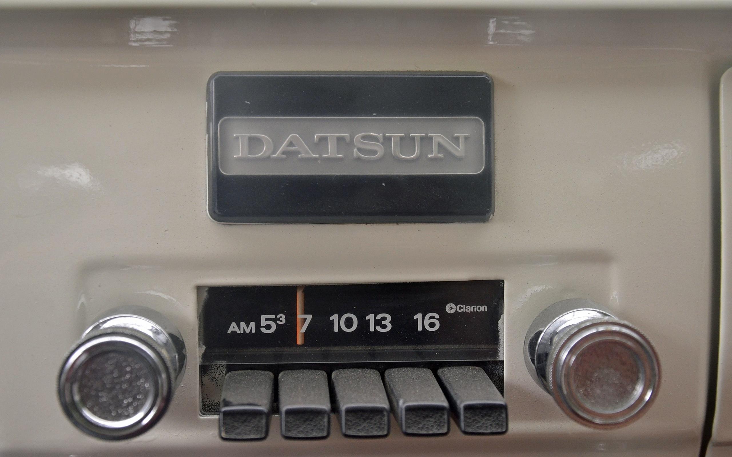 1965_Datsun_L320-30