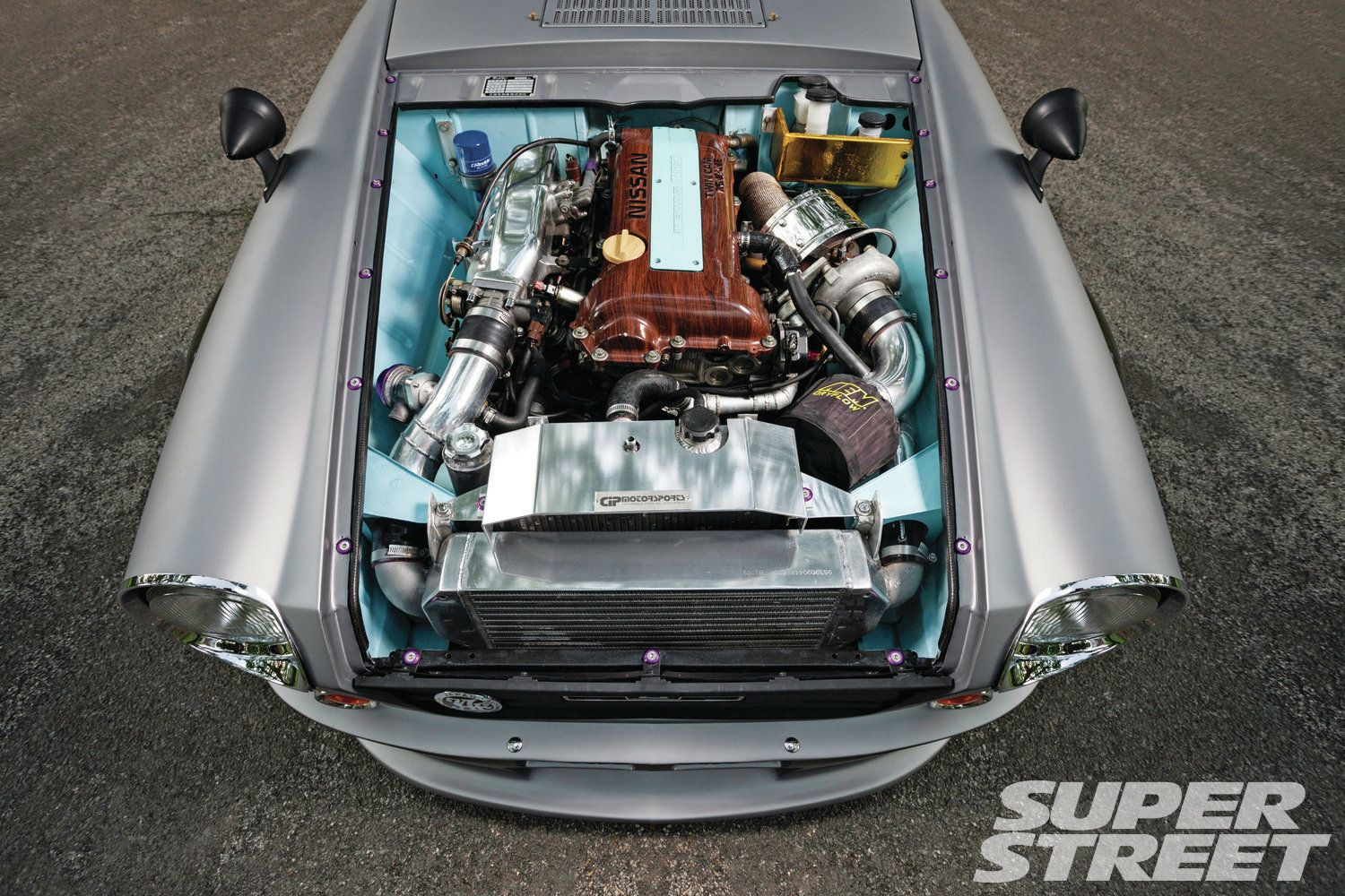 1968-datsun-roadster-2000-painted-engine-bay