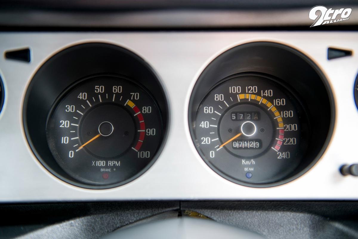 SKYLINE 2000 GTR (12)