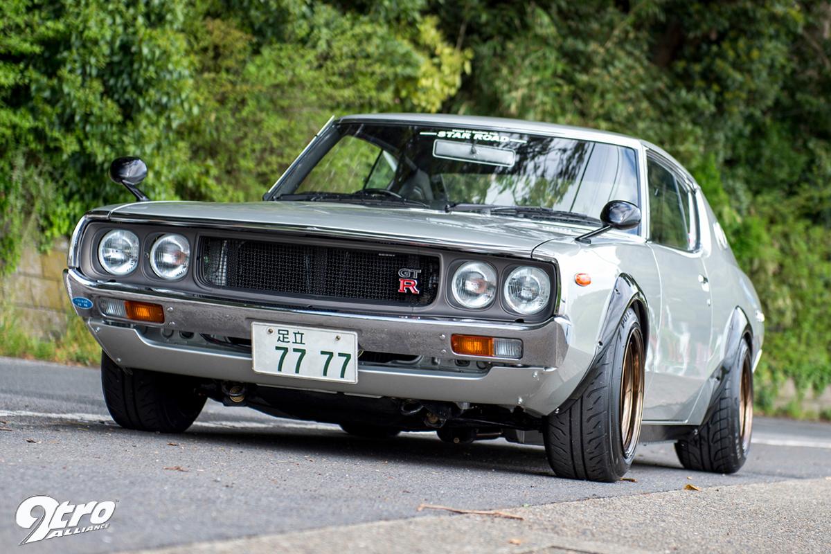 SKYLINE 2000 GTR (3)