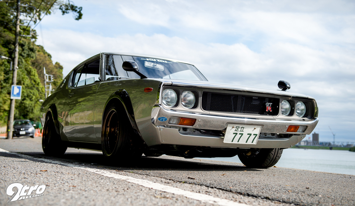 SKYLINE 2000 GTR (4)